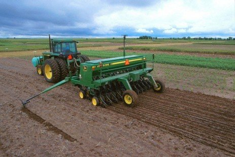 Meters, Tubes and Coulters; Take Time for Planter Maintenance