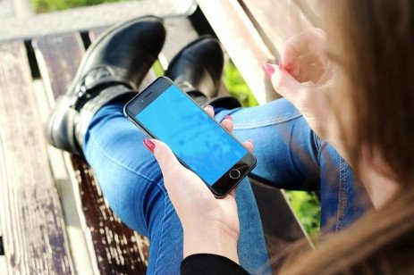 Plan Cell Phone Usage with Your Teen
