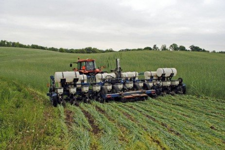 Planting Green – A New Cover Crop Management Technique
