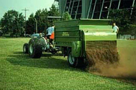 Evaluation of Spent Mushroom Substrate as a Topdressing to Established Turf