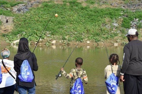 Master Watershed Stewards in York Introduce City Youth to Fishing and Conservation