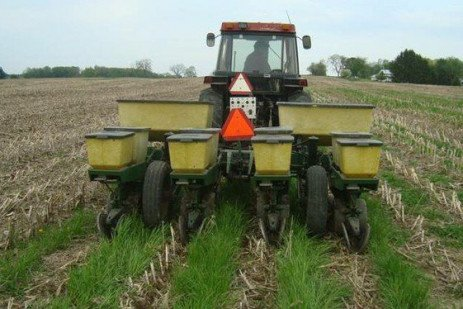 Cover Crop Interseeder: Improving the Success in Corn