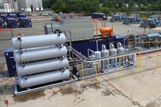 Liquid Natural Gas: Small Scale Commercial Impacts and Opportunities